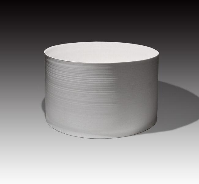 Taiko-Exhibition kuroda-taizo white porcelain cylinder